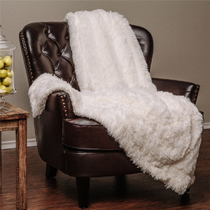 Chanasya Faux Fur Throw