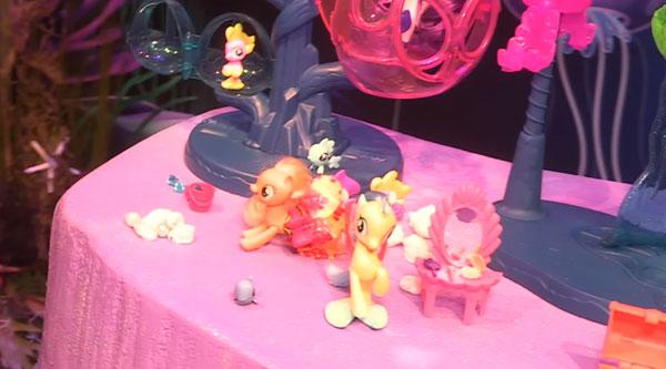 Land and Sea Fashion Pony
