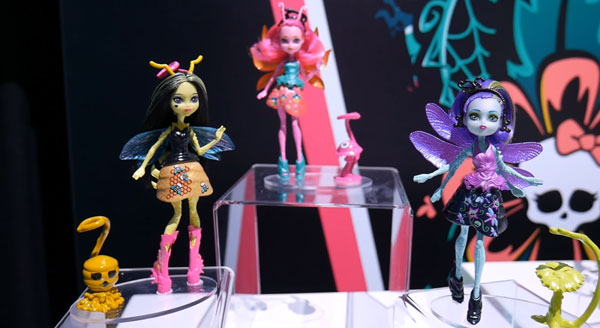 Monster High Garden Ghouls Beeanca Stinger Fyra Sparks and Jada Hindwing