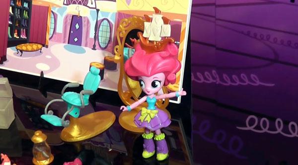 Pinkie Pie Mini Doll Salon Set