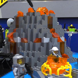 Lego Volcano Exploration Base 60124
