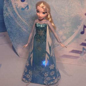 Disney Frozen Play A Melody Elsa Doll