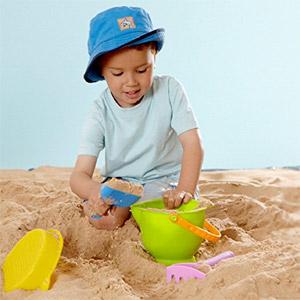 Hape Kids Beach Toy Basics
