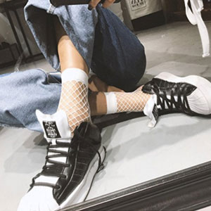 Epeius Fishnet Ankle Socks