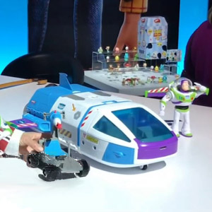 Disney•Pixar Toy Story Buzz Lightyear Star Command Spaceship Playset