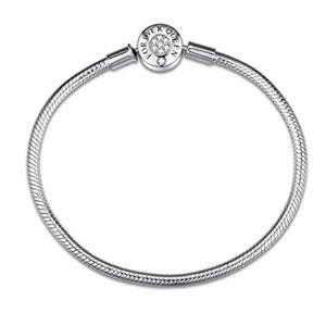 FOREVER QUEEN Charm Bracelet