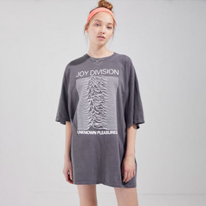 Oversized Graphic Tee