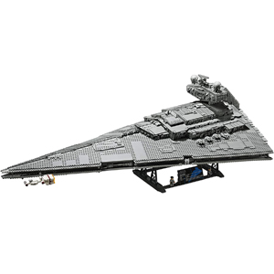 LEGO Star Wars: A New Hope Imperial Star Destroyer 75252