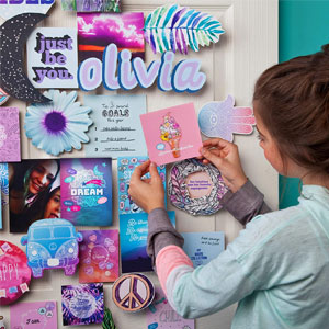 Craft-tastic DIY Wall Collage