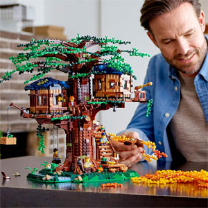 LEGO Ideas Tree House Building Kit 21318