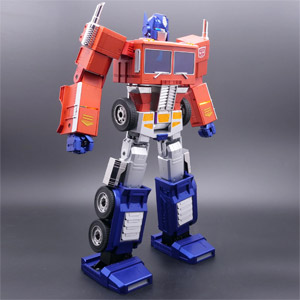 Transformers Optimus Prime Auto-Converting Programmable Robot Collectors Edition