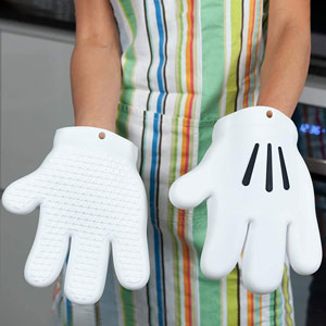 Mickey Mouse Hand Oven Mitt