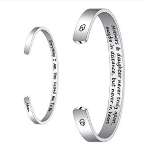 M MOOHAM Inspirational Bracelet for Mom Gifts