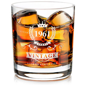 1961 Whiskey Glass, 60th Birthday Retirement Gift for Men and Women, Old Fashioned Whiskey Scotch Glass 10 Oz with 4 Greeting Cards, 60th Anniversary Whiskey Gifts for Dad, Mom, Husband, Wife, Seniors